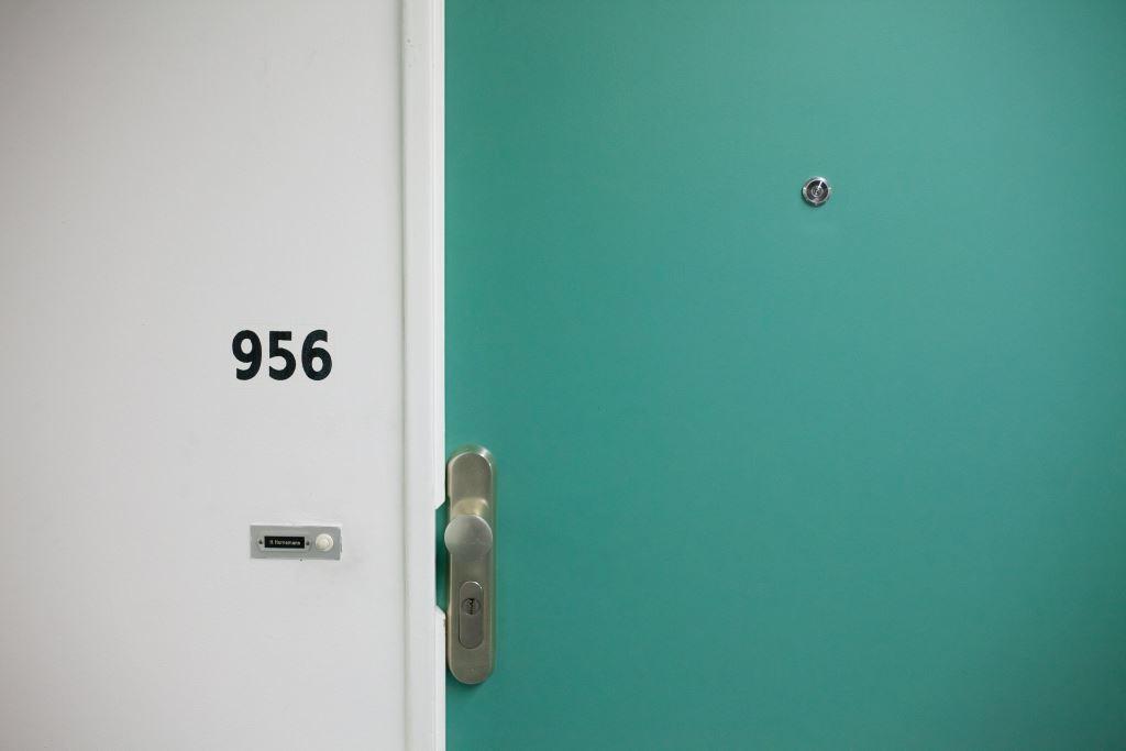 Hervorragend ▷ Tür gegen Lärm isolieren – 8 Tipps zum Schallschutz für die Tür EH42
