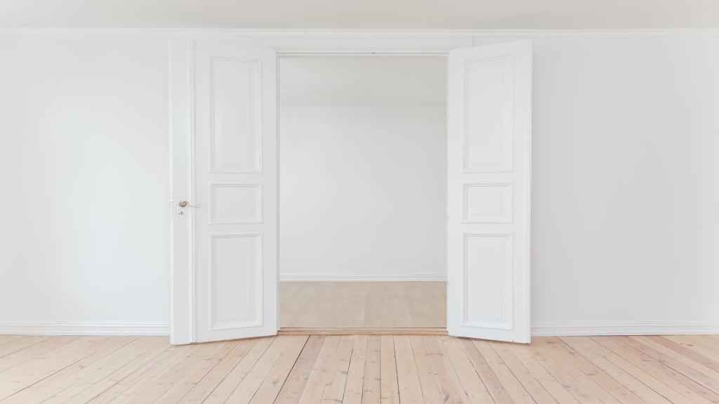 Türen knallen verhindern - So sicherst du Türen gegen zuschlage