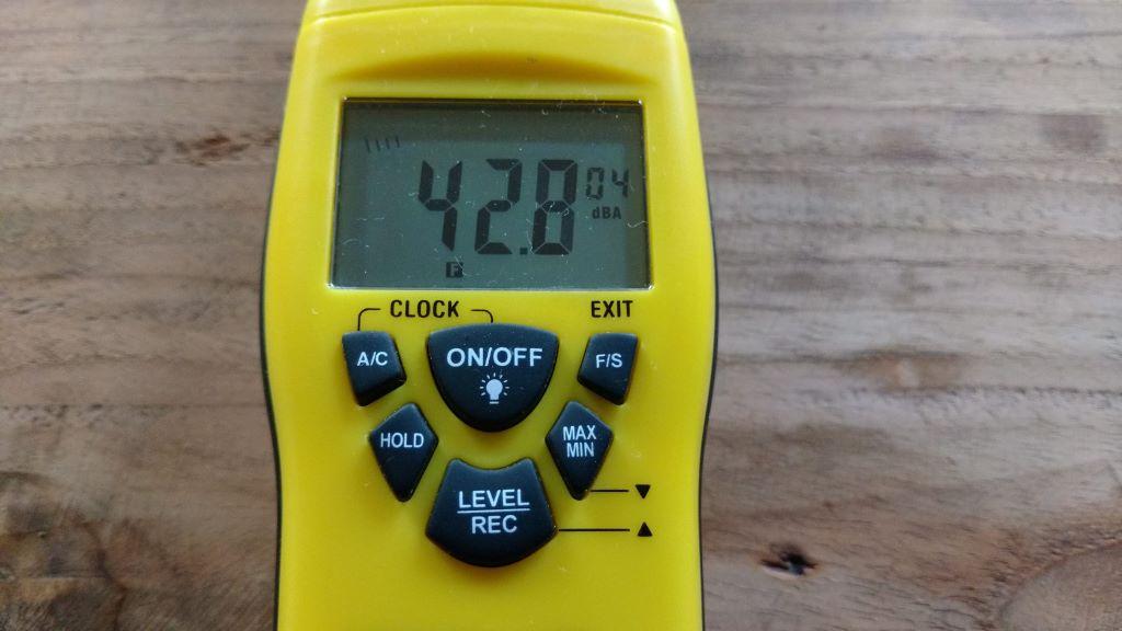 Sound level meter TROTEC SL300 operation
